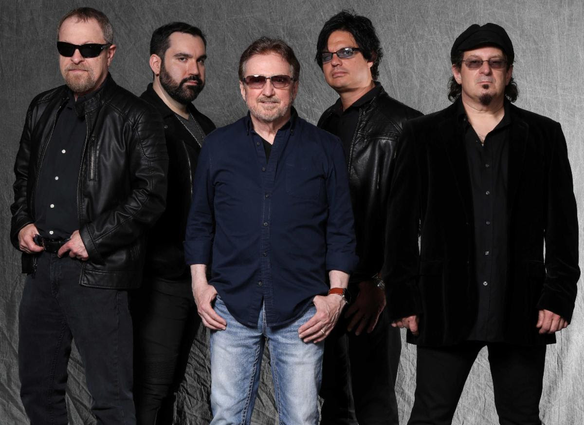 "blue-oyster-cult-release-video-for-""box-in-my-head"""