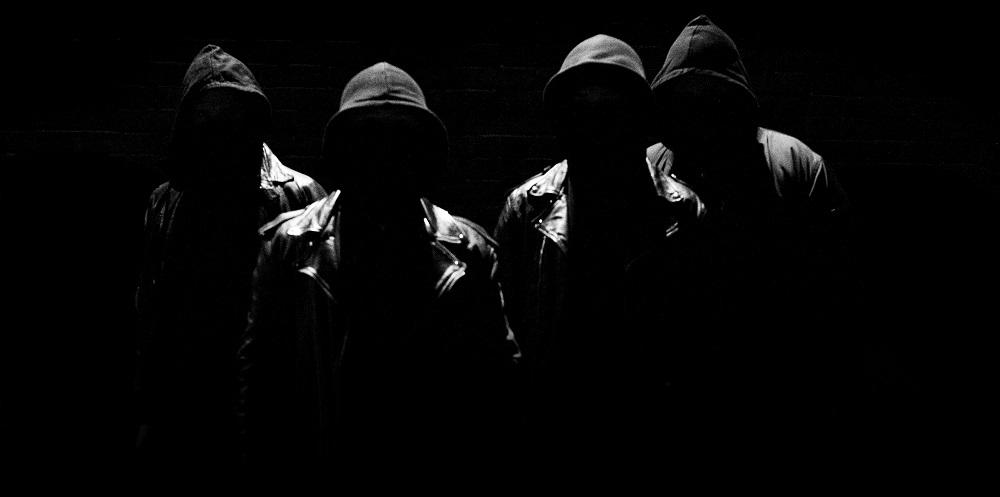 "track-premiere:-valravn-""the-raven"""