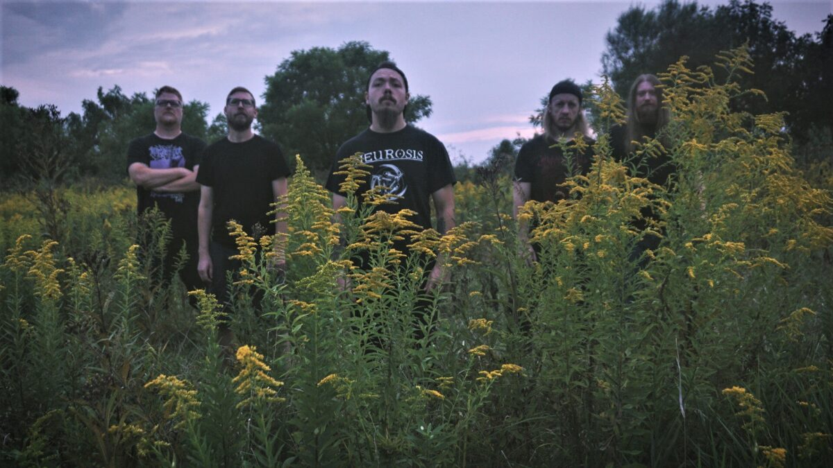 """track-premiere:-mother-of-graves-""""the-urn"""""""