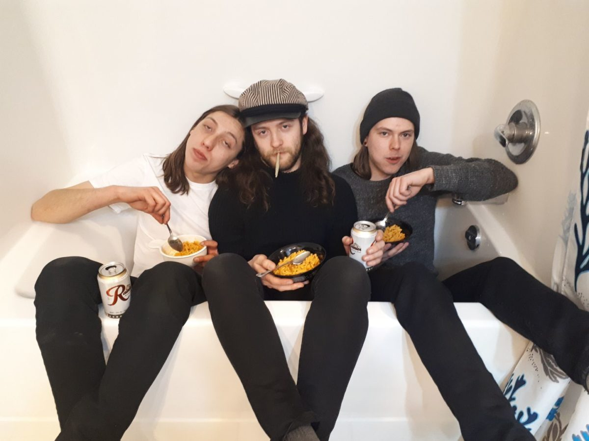 king-bull-release-new-single-'b-side-baby'