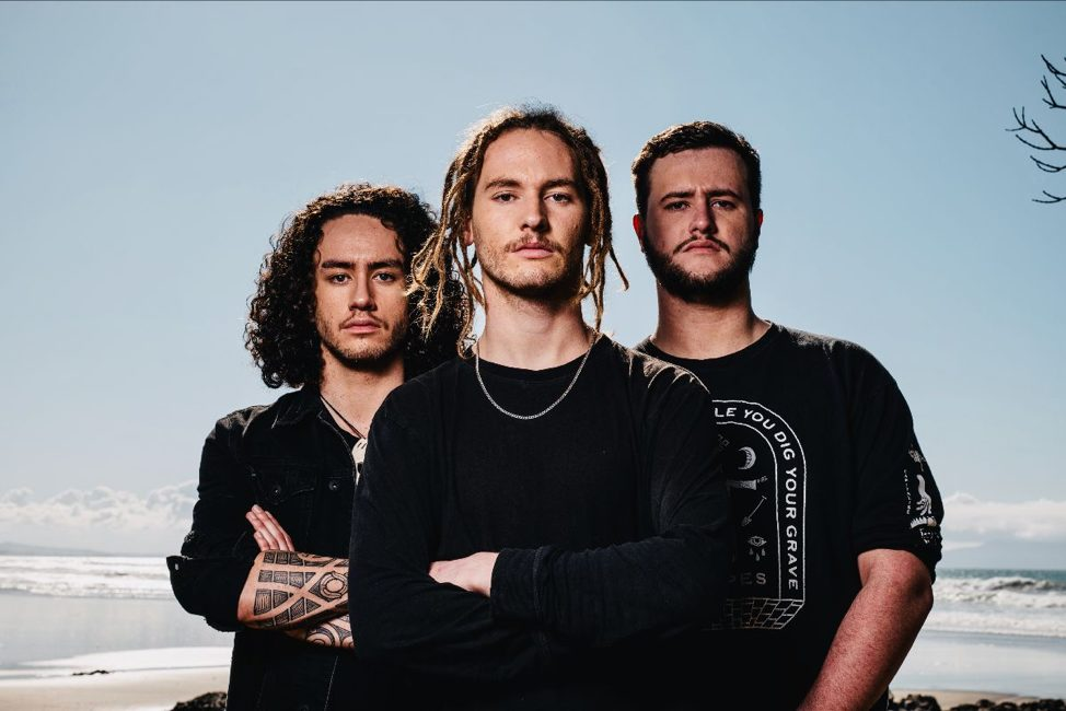 alien-weaponry-sign-with-rick-sales-entertainment-group