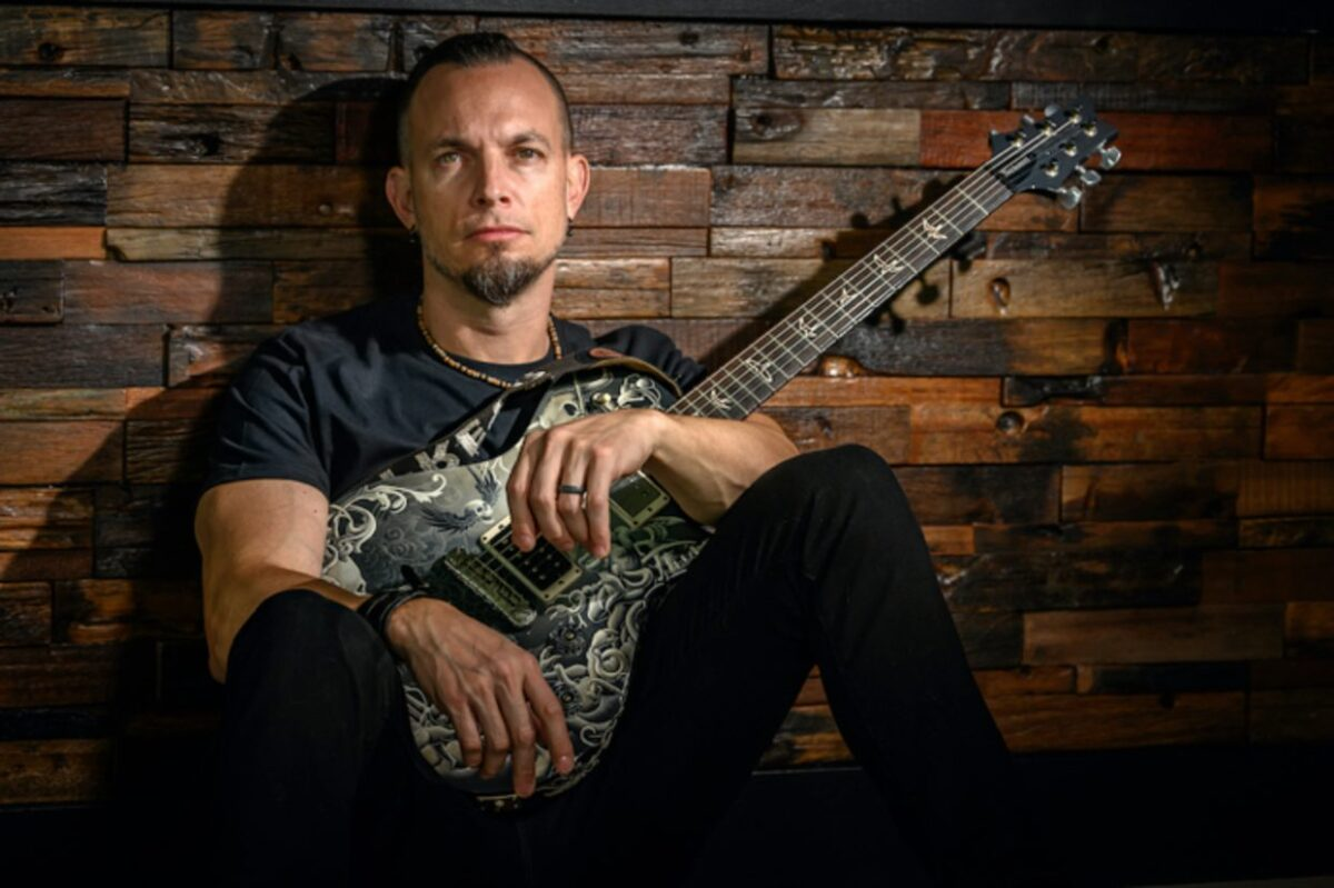 tremonti-marches-on-with-new-tune